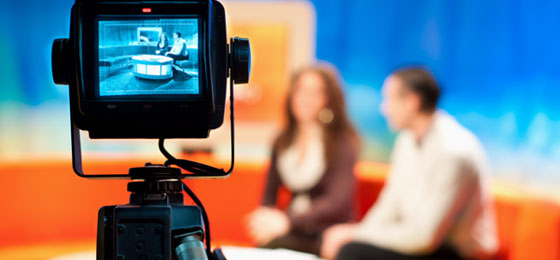 A TV studio during a talk show. © sutterstock.com